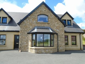 Donegal Sandstone - House Front